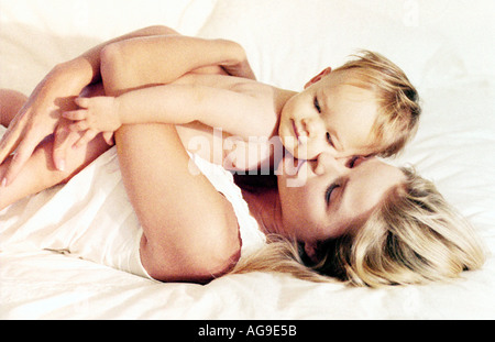 Maman avec bébé Banque D'Images