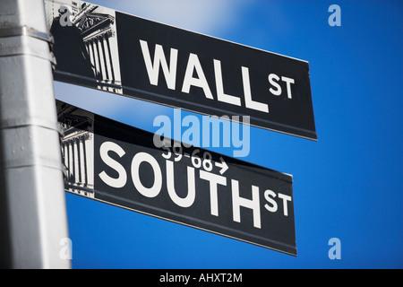 Close up de plaques de rue dans le quartier financier, New York City Banque D'Images