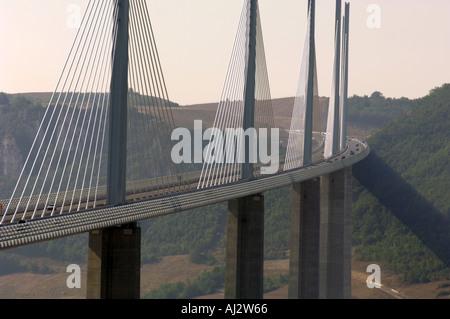 Viaduc de Millau en Aveyron Midi Pyrénées France Europe du Sud Banque D'Images