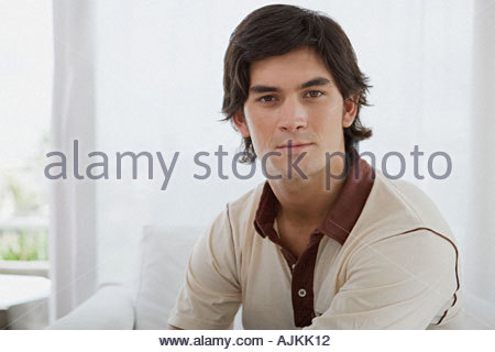 Jeune brunette man Banque D'Images