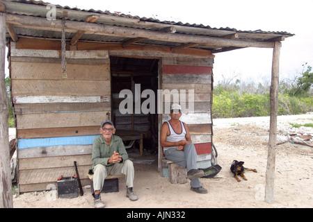 Homme cubain à Playa Girón péninsule de Zapata Matanzas province Banque D'Images
