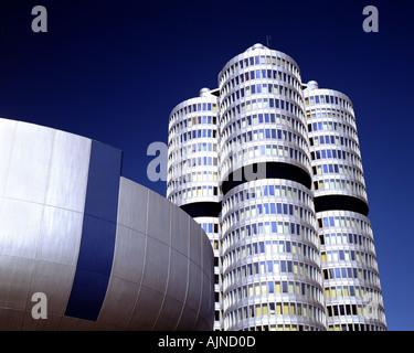 DE - La Bavière: Siège de BMW à Munich Banque D'Images