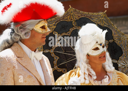 Homme et femme déguisée Banque D'Images