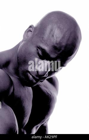 Visage et partie supérieure du corps d'un homme noir Banque D'Images