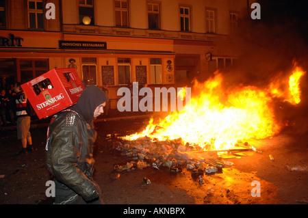 Des émeutes le 1 mai, Berlin, Allemagne Banque D'Images