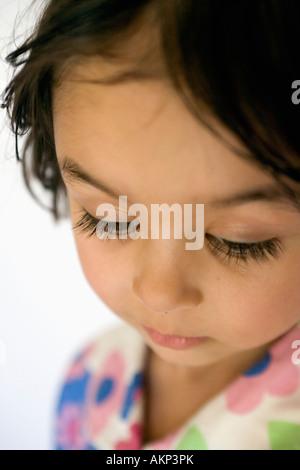 Close up face de quatre ans, fille Banque D'Images