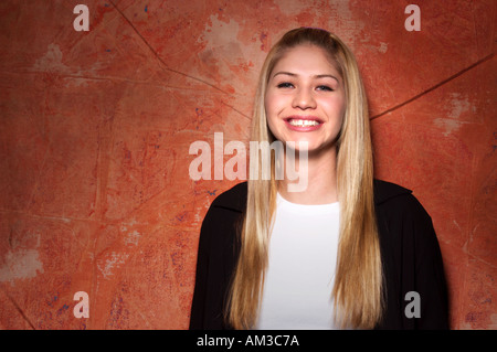 Portrait de teen age girl smiling Banque D'Images