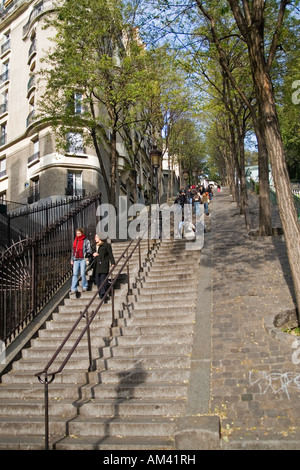 Le long escalier de Montmartre Paris France. Banque D'Images