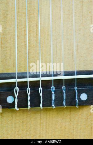 Haut de pont et une guitare classique Banque D'Images