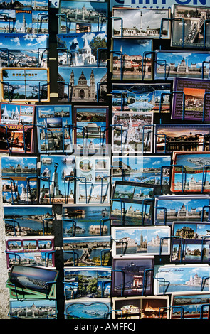Poster card display, Castle Hill, Budapest, Hongrie Banque D'Images