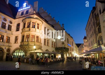 Allemagne Bavière Munich restaurant Hofbrauhaus à Platz plus célèbres de Munich beer hall Banque D'Images