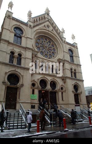 Récemment rénové, l'Eldridge Street Synagogue dans le Lower East Side de New York