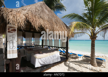 Cabane de massage de l'Hôtel Riu Palace Mexico, Playacar, Playa del Carmen, Riviera Maya, péninsule du Yucatan, Banque D'Images