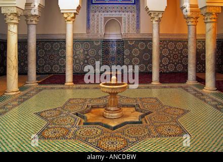 La salle des ablutions au Mausolée Moulay Ismail Meknes Maroc Banque D'Images
