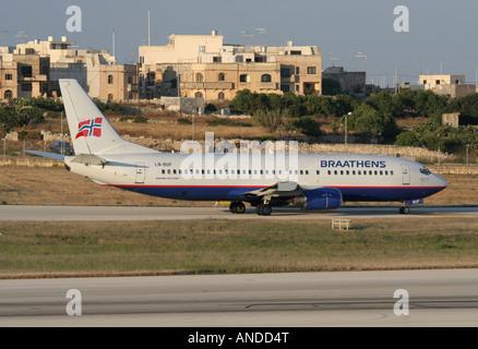SAS Braathens Boeing 737-400 roulement au départ de Malte Banque D'Images