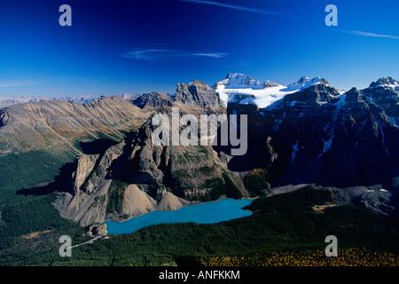 Le lac Moraine, Banff National Park, Alberta, Canada. Banque D'Images