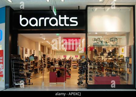 Barratts boot chaussures chaussures homme hommes femmes hommes gent dame dames fille garçon enfant femelle vente Banque D'Images