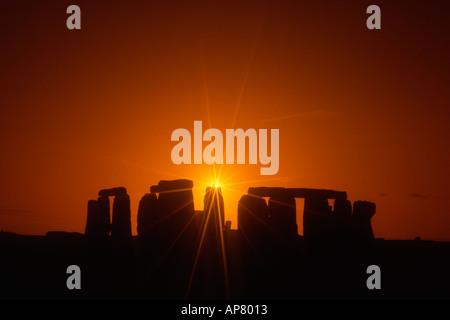Angleterre stonehenge Wiltshire coucher du soleil Banque D'Images