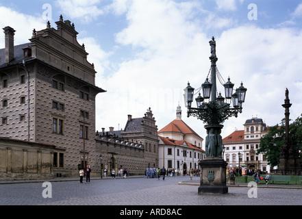 Prag, Hradcanské Nám mit, Schwarzenbergpalais Banque D'Images
