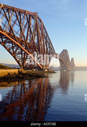 Dh Forth Railway Bridge PONT DU FORTH FORTH BRIDGE Cantilever Victorien Firth of Forth en Écosse ponts ferroviaires