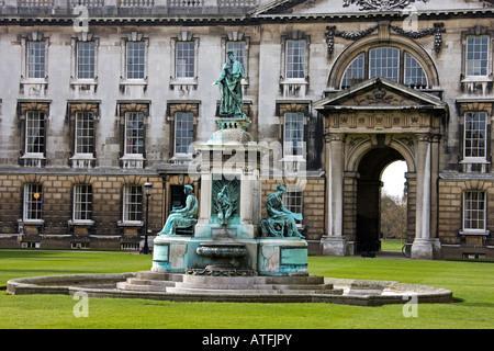 Grande cour du King's College de Cambridge, Cambridgeshire. L'East Anglia. UK. Banque D'Images