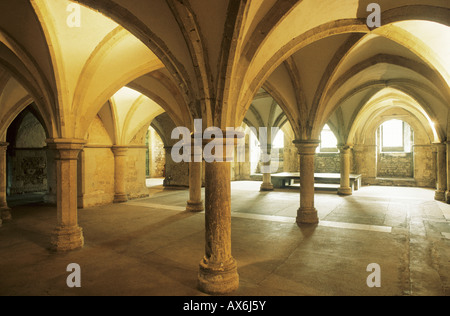 Crypte de la cath drale de rochester kent angleterre for Architecture anglaise
