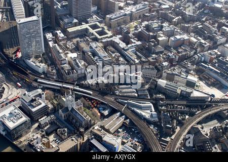 Grande vue aérienne oblique de Guy's Hospital Borough Market London SE1 England UK Février 2006 Banque D'Images