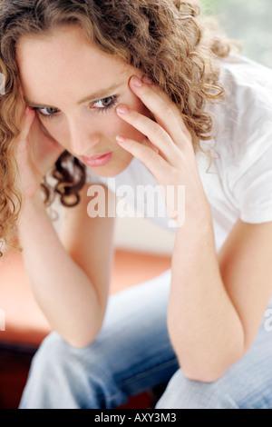 Jeune fille en colère Banque D'Images