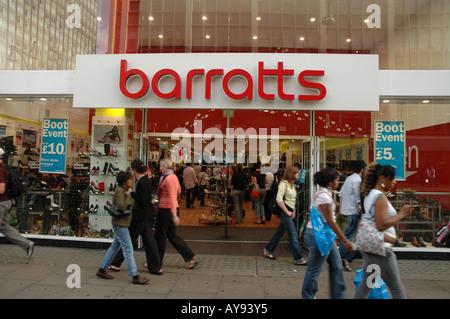 Barratts shoe à Oxford Street à Londres, Royaume-Uni Banque D'Images