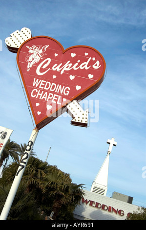 Coeur SIGNE INDIQUANT CUPID S WEDDING CHAPEL LAS VEGAS NEVADA UNITED STATES OF AMERICA USA Banque D'Images