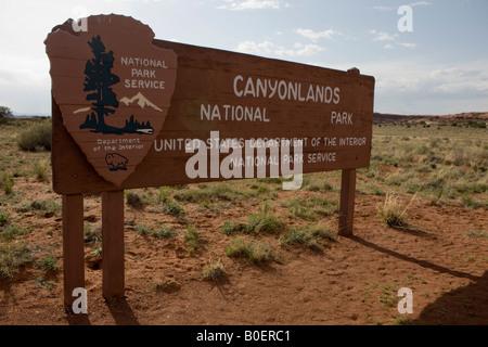 Panneau d'entrée à l'Aiguilles Le District de Canyonlands National Park au sud de Moab Utah Banque D'Images
