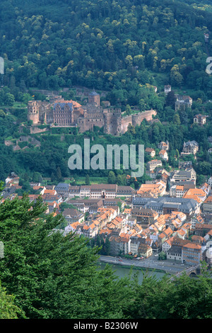 High angle view of cityscape, Neckar, Heidelberg, Bade-Wurtemberg, Allemagne Banque D'Images