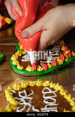 Voir de temps à la préparation de Noël biscuits biscuits coeurs gingerbreads studio image de dessus close up closeup Banque D'Images