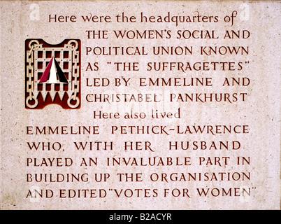Plaque commémorant les suffragettes Clements Inn London England UK Womens Passage Union sociale et politique Pankhurst