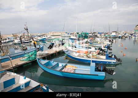Bateaux de pêche dans le port de jaffa Banque D'Images