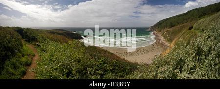 Une vue de la presqu'île de Crozon sentier côtier (Bretagne - France). Vue du sentier côtier de la presqu'île de Banque D'Images