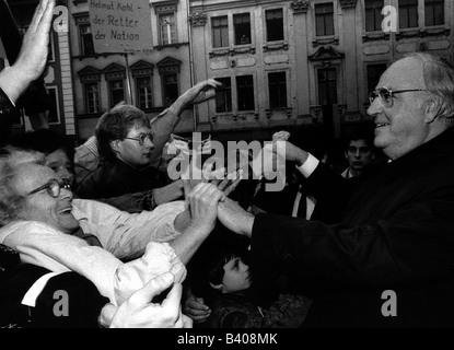 Kohl, Helmut, * 3.4.1930, homme politique allemand (CDU), chancelier de l'Allemagne 1982 - 1998, demi-longueur, Banque D'Images