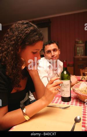 Un couple aux prises avec des problèmes de relations