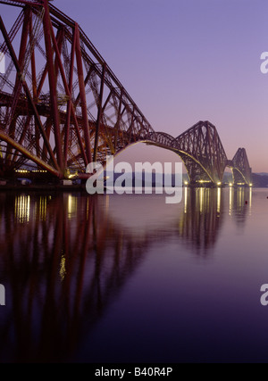 dh Victorian Railway Bridge FORTH RAIL BRIDGE FIRTH OF FORTH LA RIVIÈRE Scottish Landmarks Pont de Cantilever nuit Landmark scottish bhz