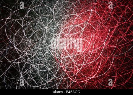 Exposés des boucles rouge et blanc sur fond noir Banque D'Images