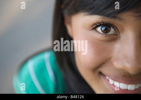 Libre de quinze ans hispanic teenager looking at camera, fille, femme, latina latino sud-ouest des États-Unis