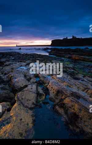 Tyne et Wear Angleterre Tynemouth aube sur 38 Grand Bay vue depuis près de Point de netteté Banque D'Images
