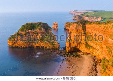 Ladram Bay, près de Sidmouth, l'est du Devon, Sud-ouest de l'Angleterre. Banque D'Images