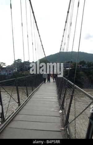 Ram Jhula Rishikesh Inde Uttarakhand Pont sur le Gange Banque D'Images
