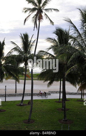 Des vélos à Lummus Park Beach Florida Miami Banque D'Images