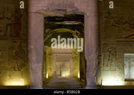 Sanctuaire intérieur de temple de seti i à Abydos l'une des plus anciennes villes de l'Egypte ancienne, près de Banque D'Images