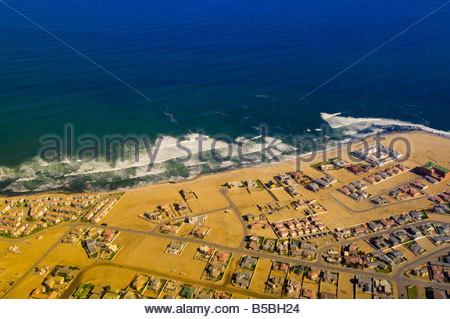 Vue aérienne de la ville de Swakopmund, Désert du Namib Namibie Banque D'Images