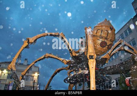 La machine - le pied 50 spider mécanique qui a été l'un des points forts de Liverpool, Capitale européenne de la Culture 2008