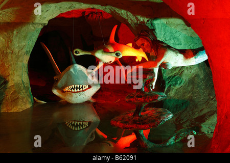 Monde sous-marin avec les requins, les chiffres dans le grès et de Walldorf grotte féerique, Rhoen, Thuringe, Gerrmany, Banque D'Images