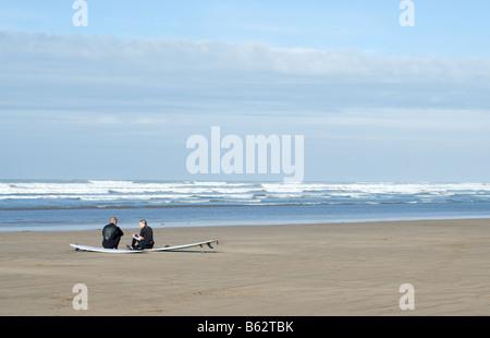 En attente de Surf Banque D'Images